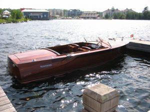 Blackbird Boats