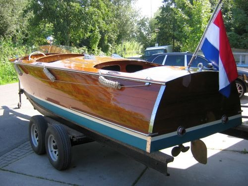 Wooden Boats | Port Carling Boats - Antique & Classic Wooden Boats for Sale