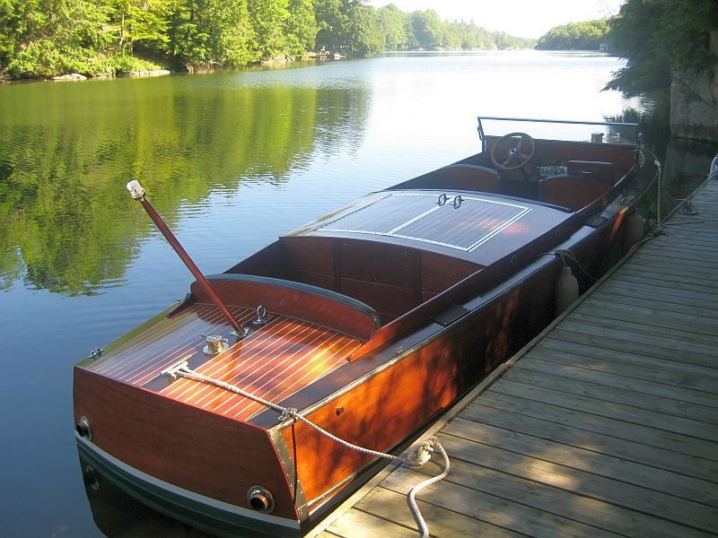 Chris-Craft, 24 ft.