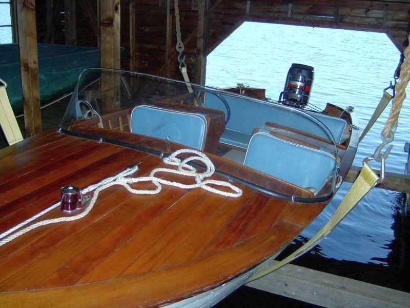 Greavette runabout, 16 ft, 1957