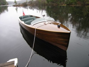 Classic wooden boat for hire