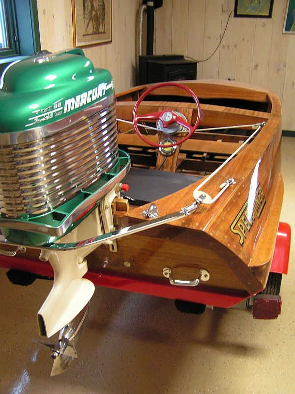 Classic antique wooden boats for sale pb554 port for Runabout boats with outboard motors