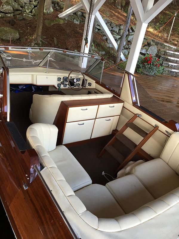 Greavette Executive, 21'