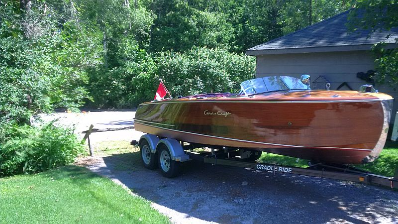 Chris-Craft Riviera: 20'