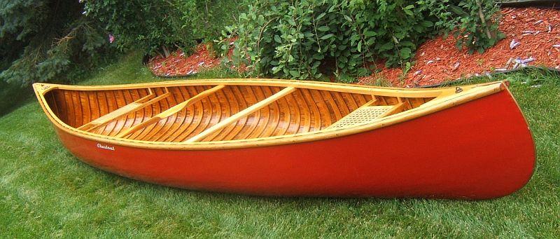 Chestnut Canoe: 16', 1972