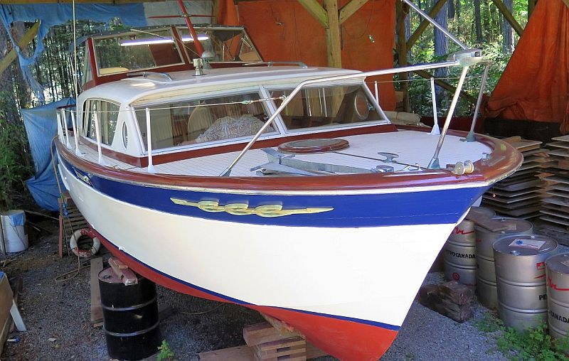 Chris-Craft Constellation: 28'