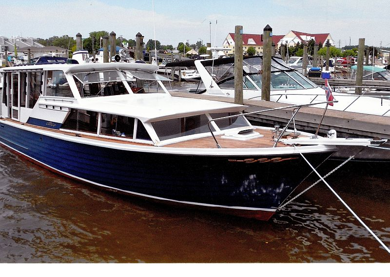 Chris-Craft Sea Skiff, 38'