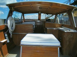 Interior or Lyman Cruisette