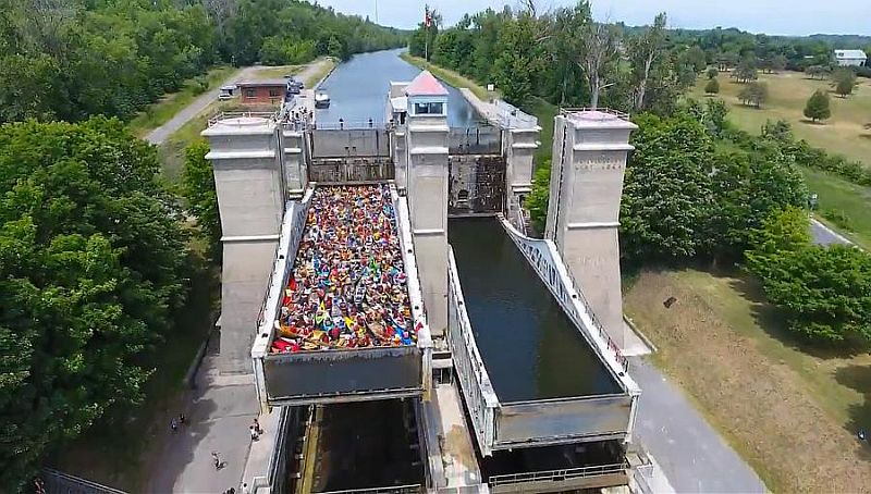 Peterborough Lift Lock world canoe record