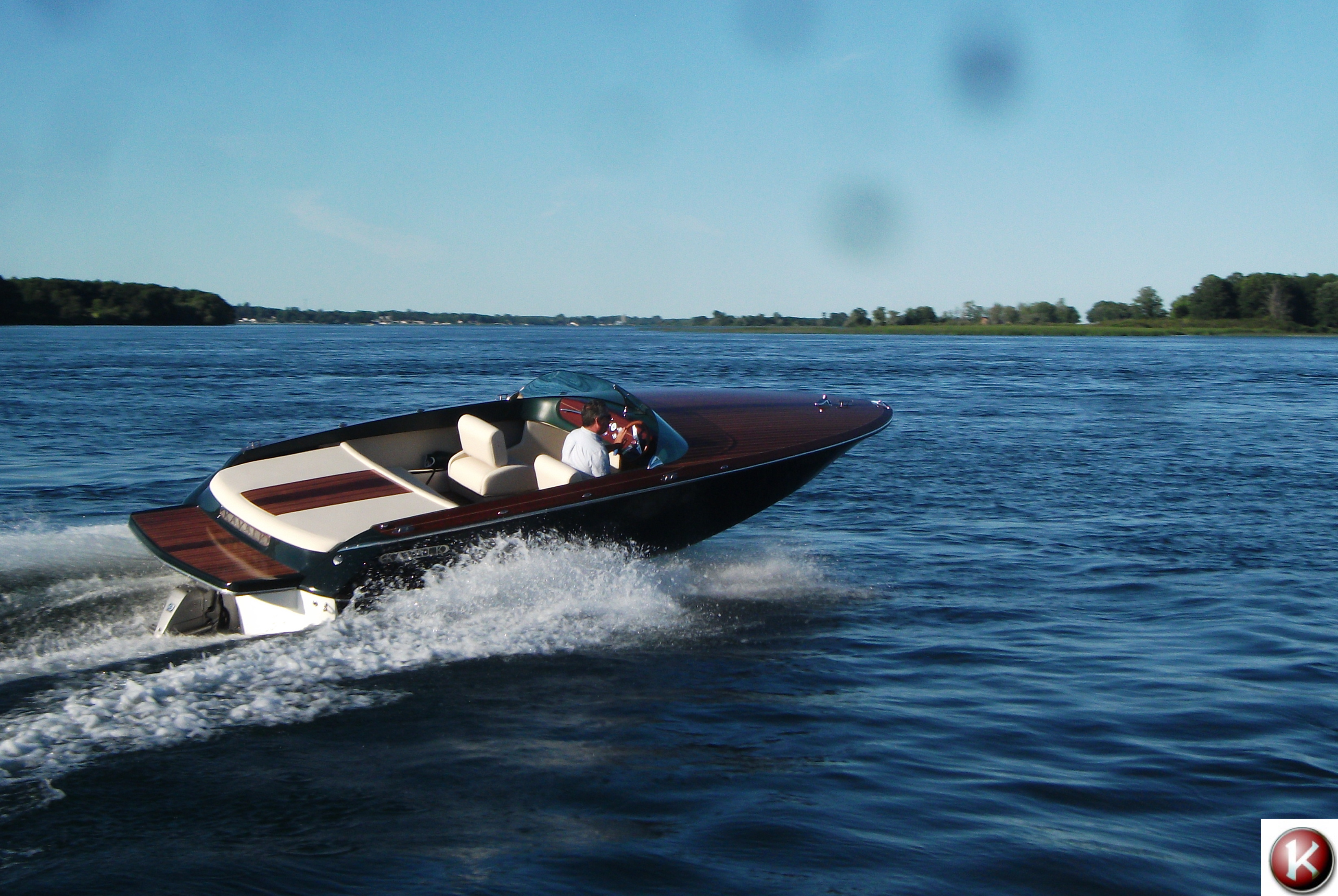 Modern Classic Runabout