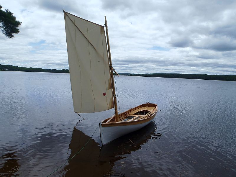 Whitehall sail and rowing skiff